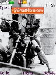 Love On Bike es el tema de pantalla